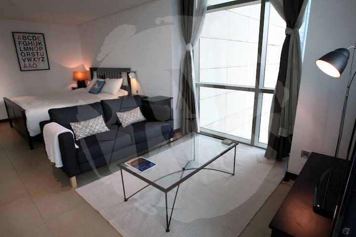 Studio, DIFC, 2 mins from Metro - Dubai