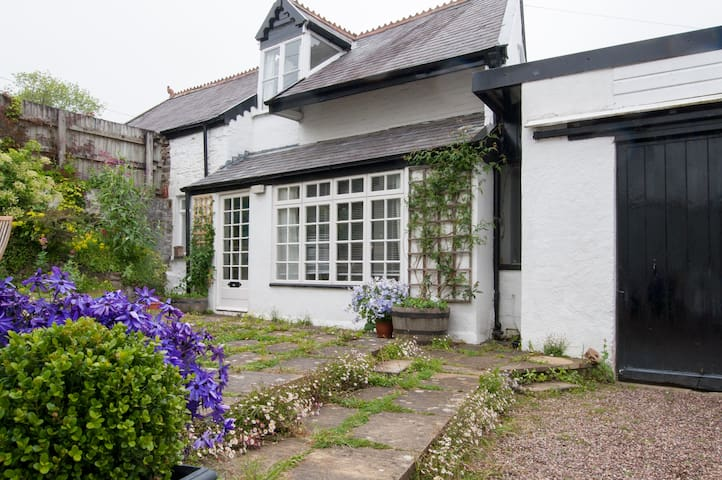 Heavitree Cottage, Heavitree Garden - Barnstaple - Bed & Breakfast