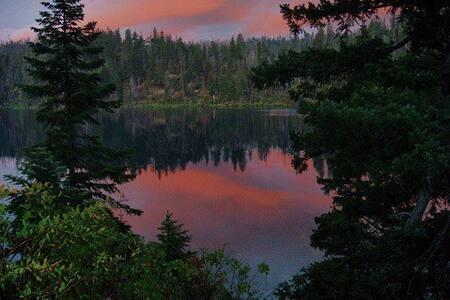 2017 Solar Eclipse: Lake Home-Suite# 2 - 西斯特斯 (Sisters) - 住宿加早餐
