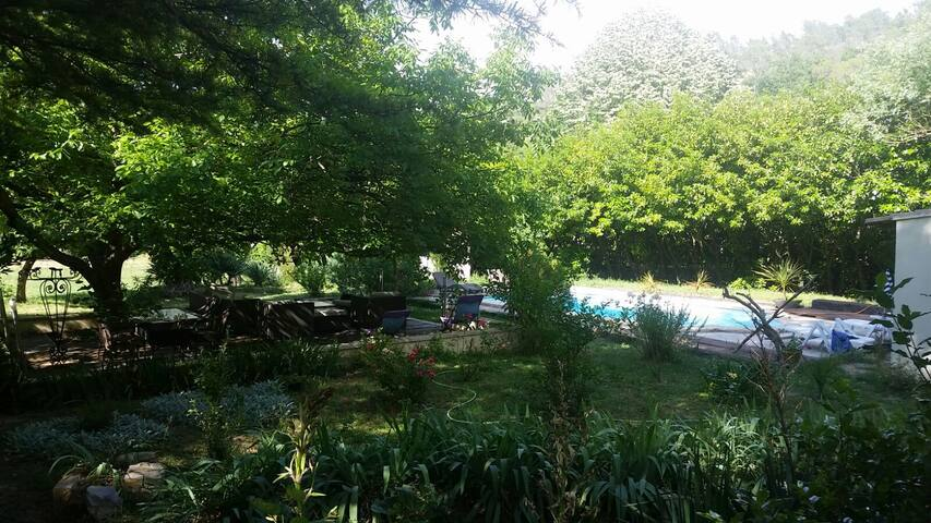 Maison avec piscine - Belgentier - Rumah percutian