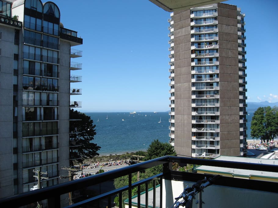 Balcony overlooking English Bay and Stanley Park