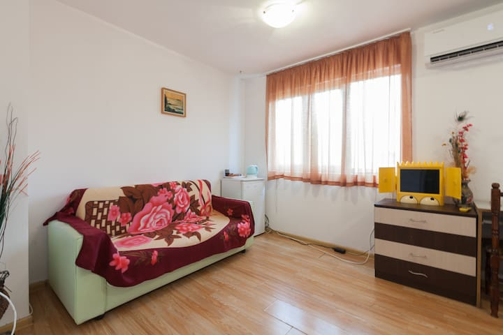 Spacious studio in centre of Burgas