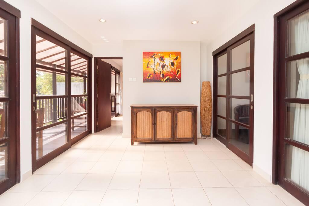 4 EN-SUITE BEDROOMS PRIVATE VILLA 1