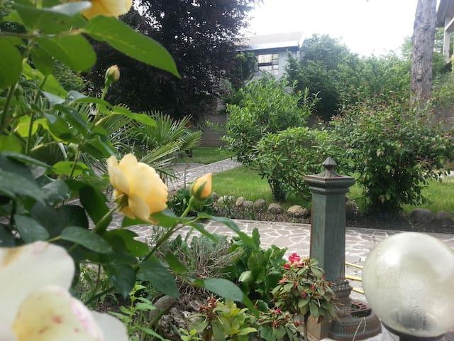 Relais Villa Ornella room Tulipano - Turbigo - Вилла