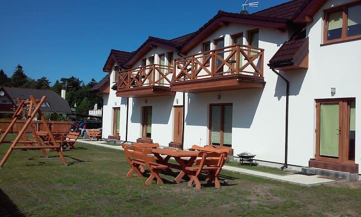 Apartament dwupoziomowy w Domu nad morzem Sosenka