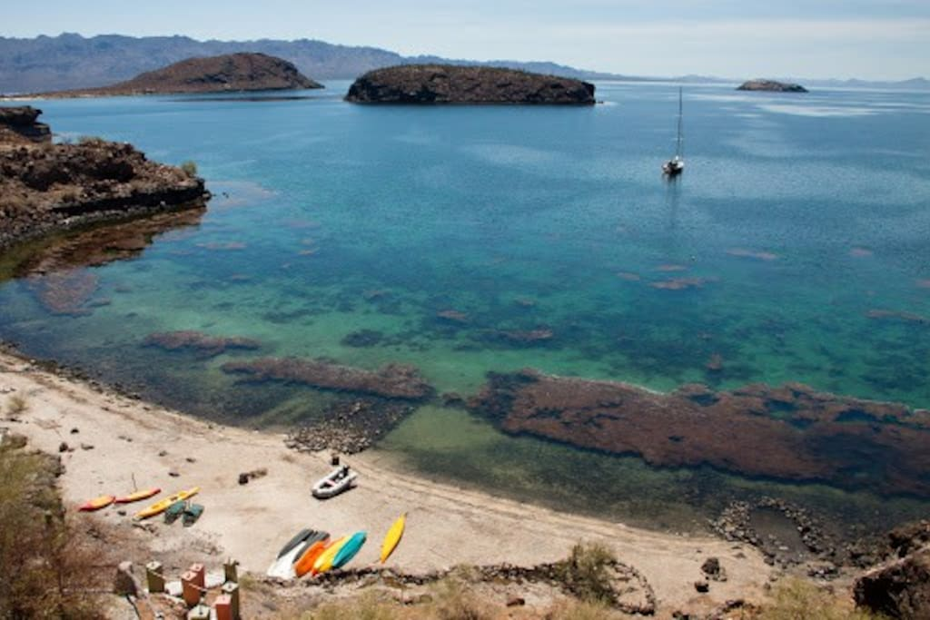 Your own private beach includes kayaks, stand up paddle boards, and a natural hot spring hot tub. there are 7 islands to snorkel, hike and explore close by