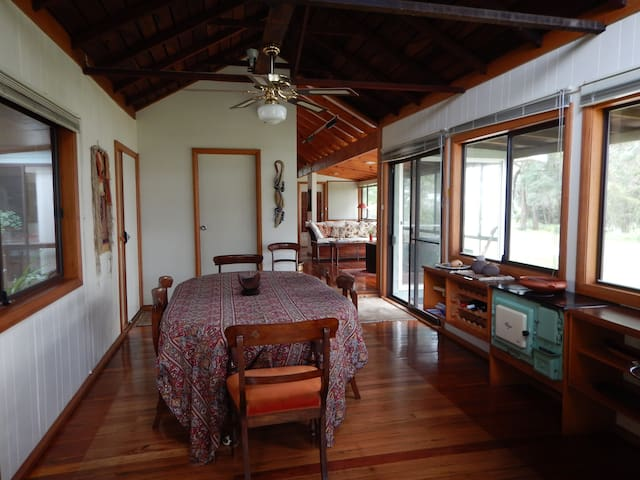 Callala Beachside B&B - Callala Bay - Bed & Breakfast