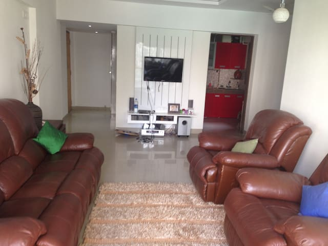 2BD AC Service Apt with Parking - Thane - Wohnung