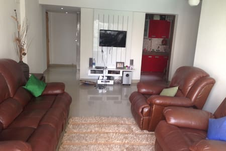 2BD AC Service Apt with Parking - Thane