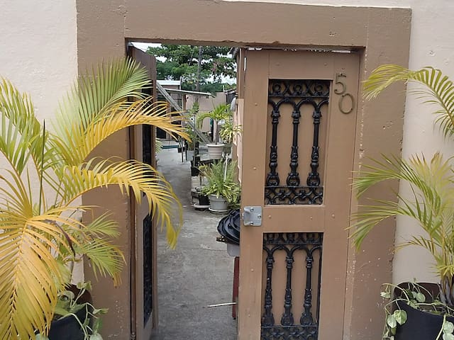 Courtyard cottage room 4 - Christiansted - Apartamento