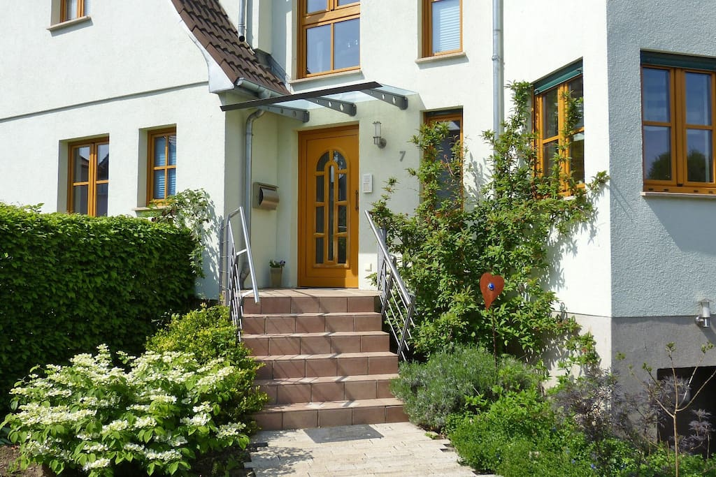 strata montana 2 6 pers 60 qm kl garten wohnungen zur miete in bensheim hessen. Black Bedroom Furniture Sets. Home Design Ideas