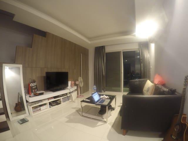 The Patio Apartment - Near Abac uni - Bang Sao Thong - Appartement