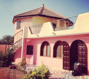 Villa Sadio - Mbour