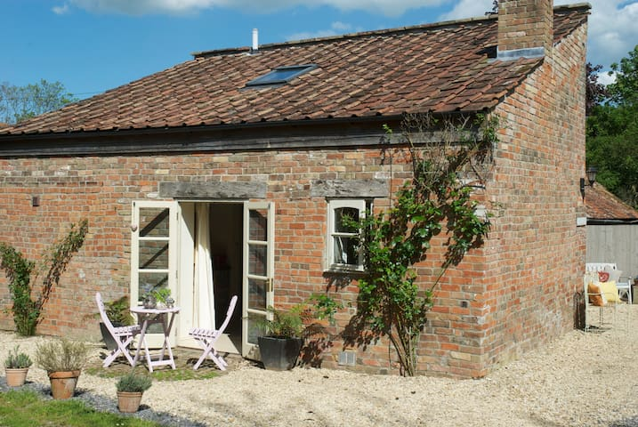Wilf's Barn a romantic country cottage for two. - Wedmore - Huis
