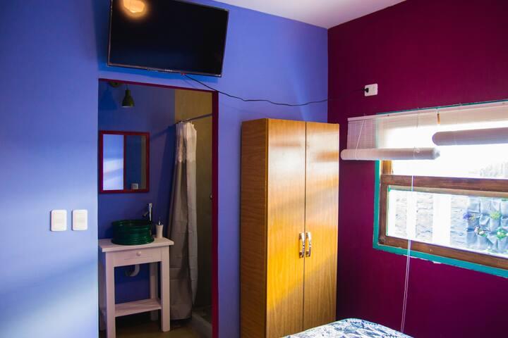 Habitacion Privada en Hostel - Muy cerca de todo!!