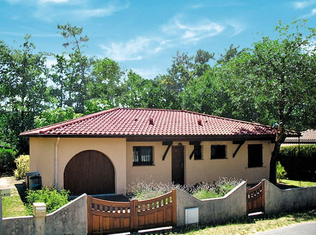 Holiday house for 6 persons in Hourtin - Hourtin - Rumah