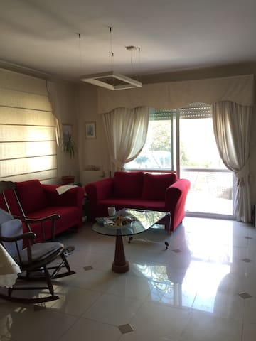Charming flat next to vineyards. - Mevaseret Zion - Appartement