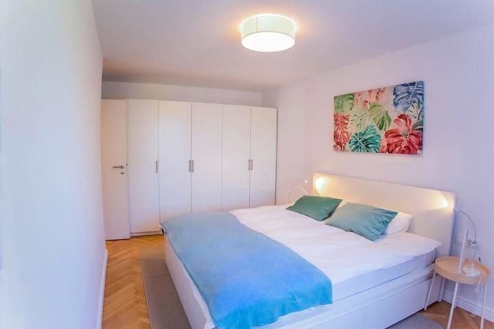 Bedroom  Mery