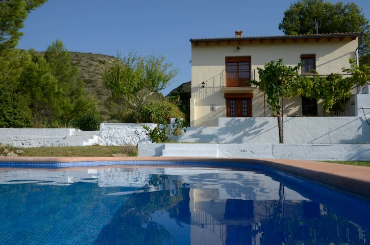 Holiday cottage on orange farm - Montesa
