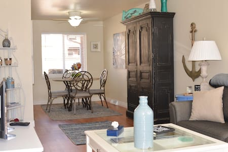 Entire Home | 2 Bed & Central, DU - 丹佛 - 公寓