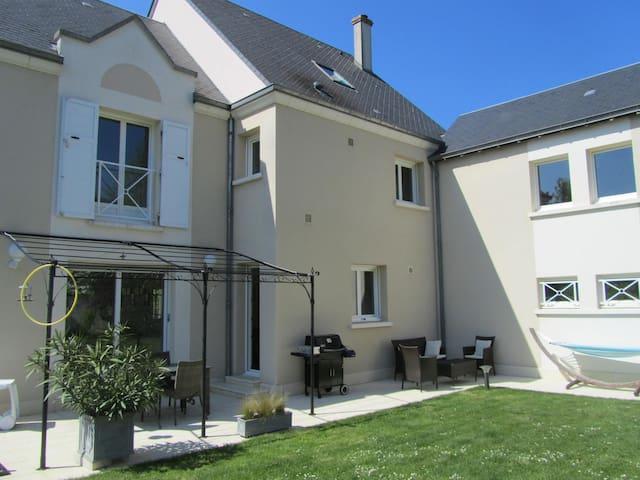 St Cyr sur Loire à 5' de Tours - Saint-Cyr-sur-Loire - Rumah