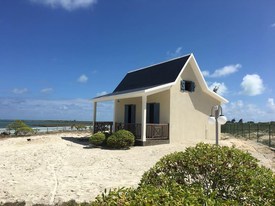 Independent bungalow / Bungalow indépendant