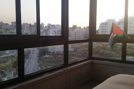 Nice Room in Shared 3-BR Apartment - Ramallah