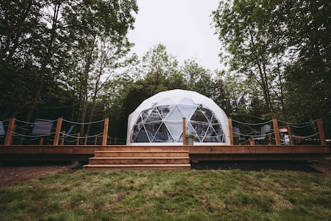 Geodome water view stay on Grand Manan Island