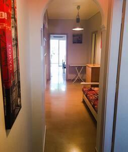 Close to sea, quiet apartment - Loutraki