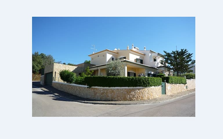 Luxurious 3 Bedroom Villa - Alvor - Villa