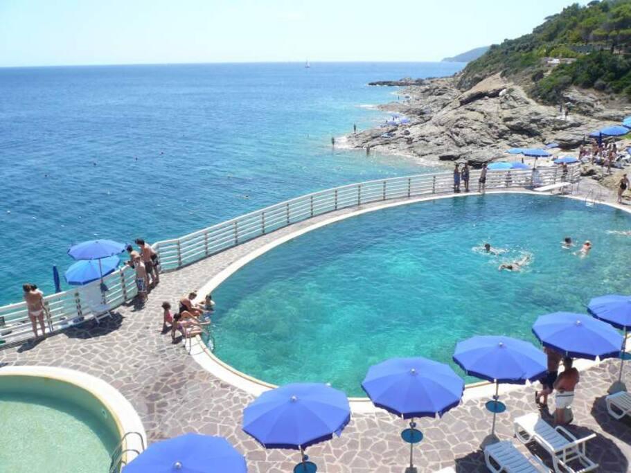 piscina acqua di mare