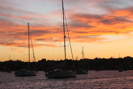 Sleep on board of a sailing yacht - Portocolom
