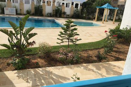 villa semi independante - Yasmine Hammamet
