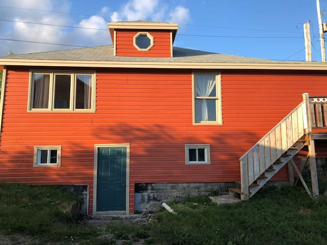 "*BaySide Cottage,Pet Frndly,2 bdrm""The Gathering"""