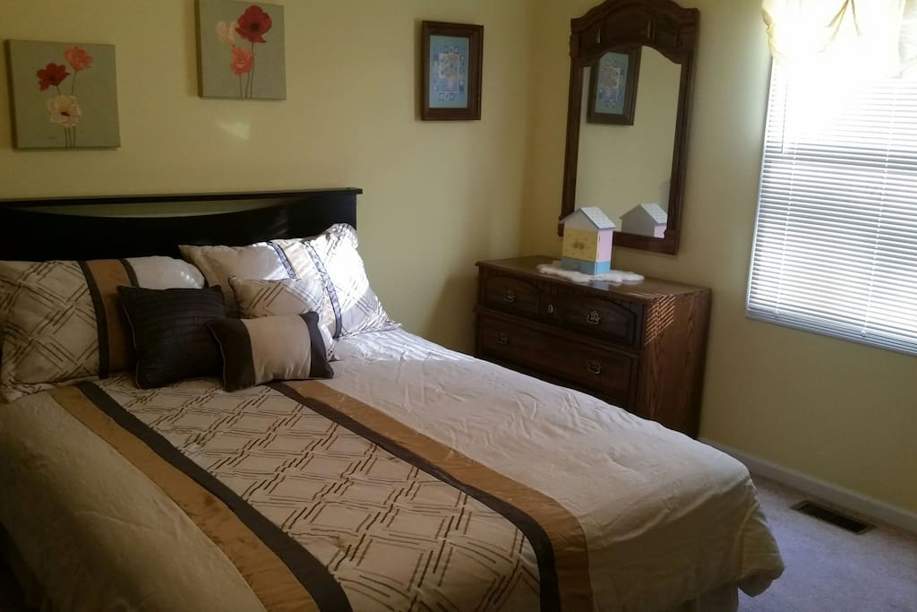 Private mother in law suite houses for rent in for House with inlaw suite for rent