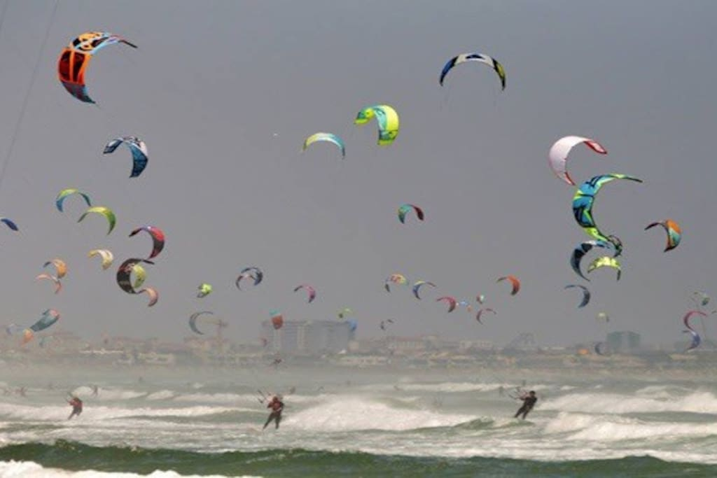 Kite surfers dream beach 2 minutes down the road