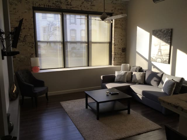 Rutger Lofts Lafayette Square 107