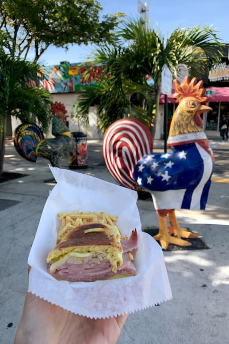 FOOD TOUR IN FRENCH IN LITTLE HAVANA