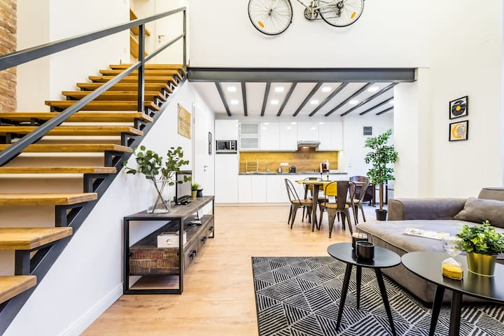 Luxury LOFT Flat with Absolute Center Location II