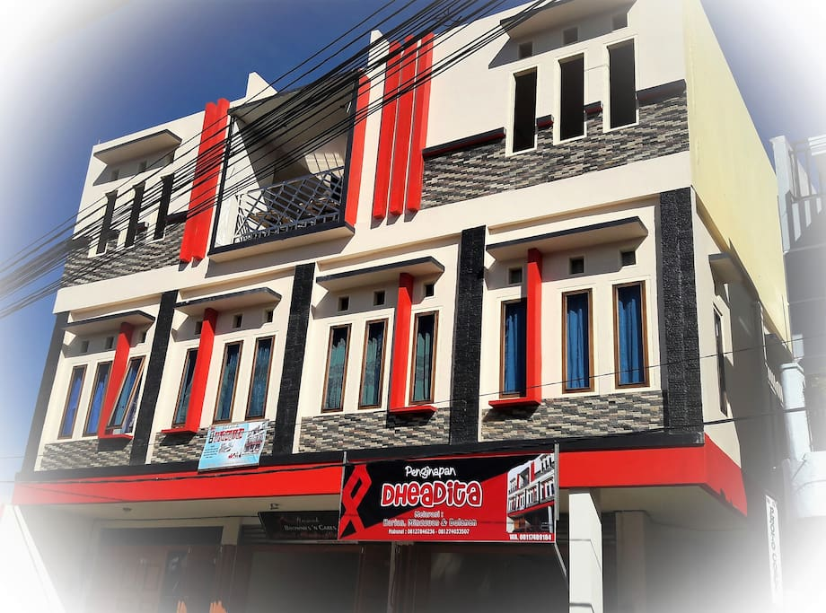 Bangunan Modern tiga Lantai di Pusat Kota Sungaipenuh