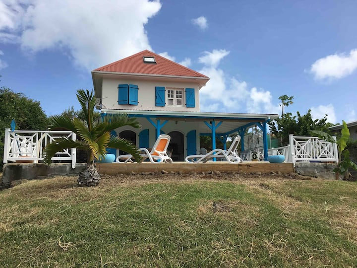 Family villa in the south of Martinique