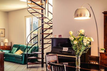 Deliziosa camera con bagno privato vicino  Bologna - Sasso Marconi - Bed & Breakfast