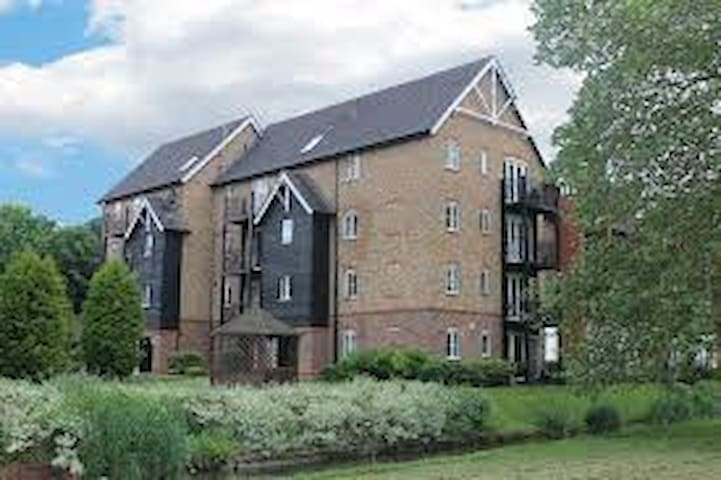 Flat share - High Wycombe - Apartament