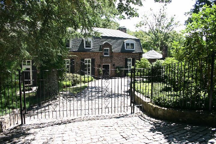 Magnificient Country House - Tuxedo Park