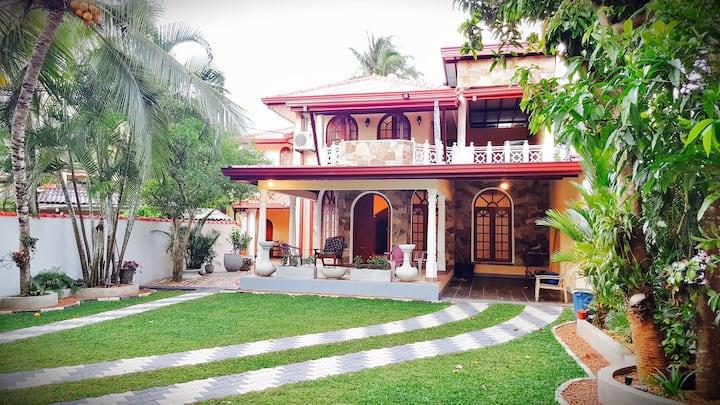 Srilanka,Blackperl Villa,20€PP,2km Strand & Baden