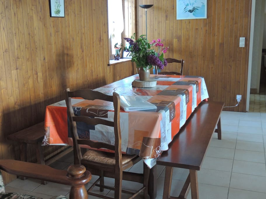 table pour famille nombreuse