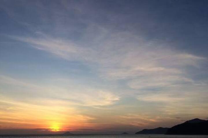 DE FRENTE OCEANO DESLUMBRANTE PRAIA MATA ATLANTICA