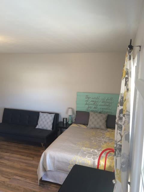 Appartement studio avec cuisine