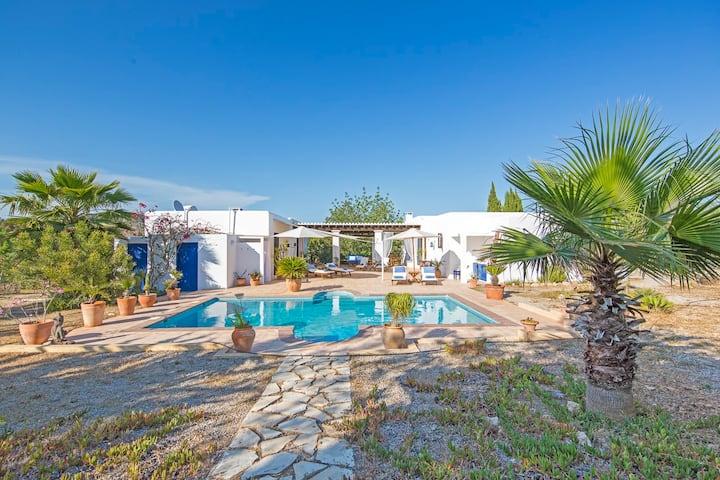 Ibiza Ferienhaus mit Pool Can Pato bei Ibiza Stadt