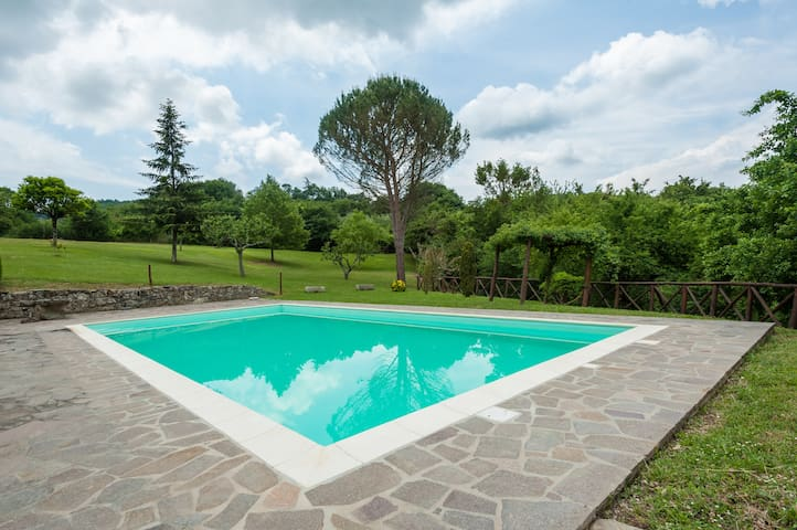 Beautiful Tuscan Country Retreat - Talla, Arezzo - Talo